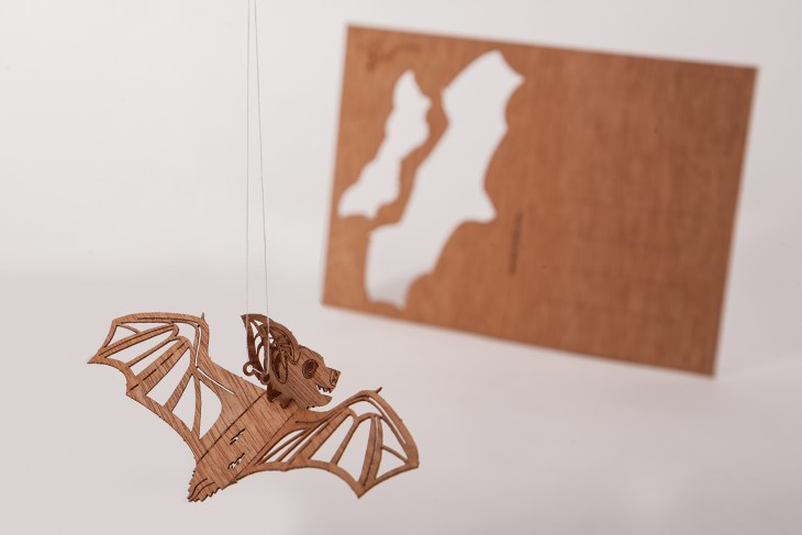 Fledermaus - Holzpostkarte
