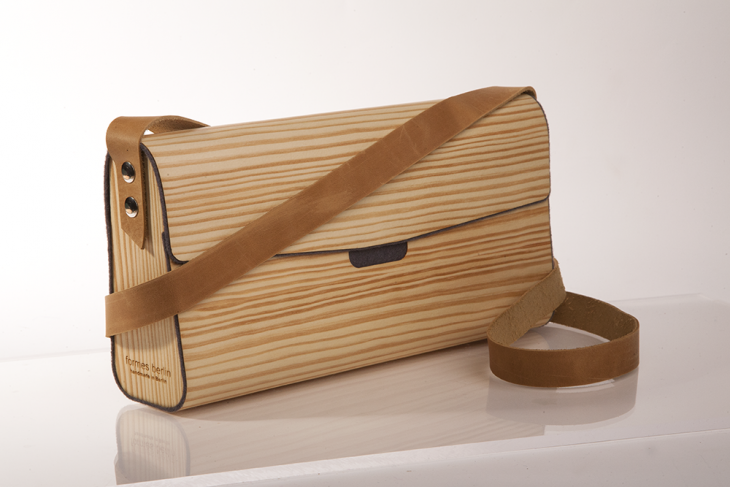 Handtasche aus Holz Kiefer Grau