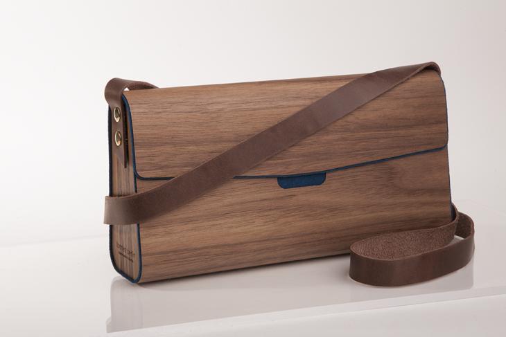 Wooden Handbag Nut Dark Blue