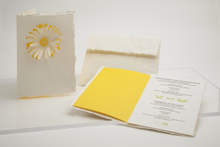 Blüte - Klappkarte aus Büttenpapier