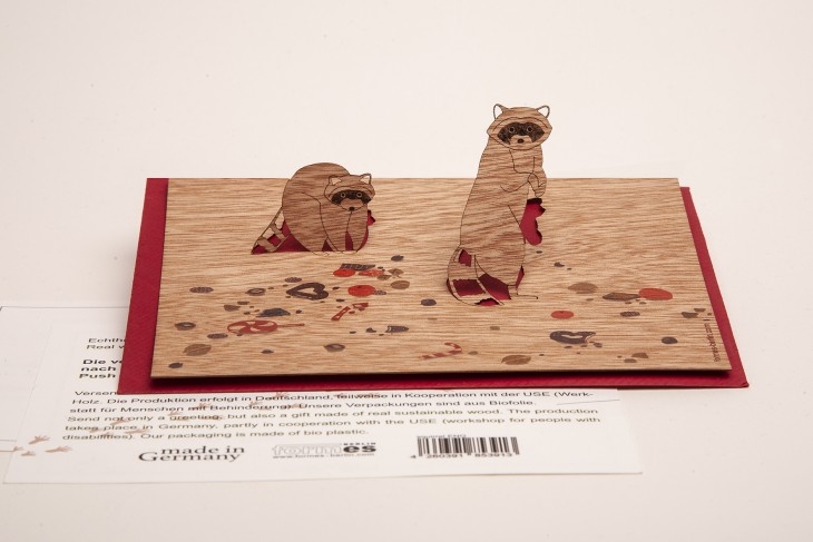 Raccons - Wooden Greeting Card with PopUp-Motif