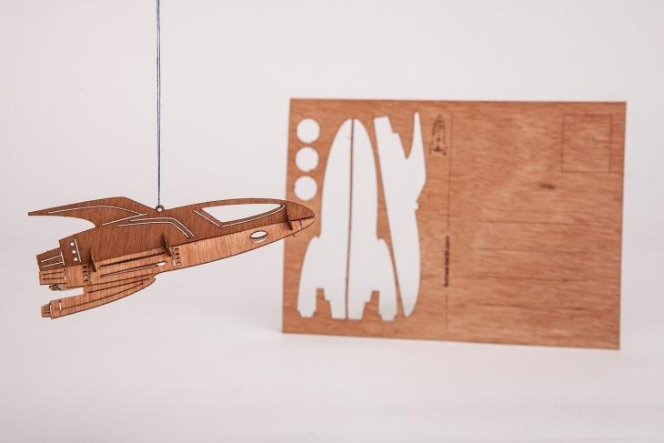 Rakete - Holzpostkarte